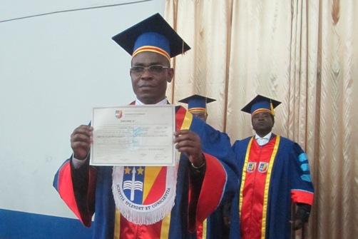 le Dr Glennie Ntsambi a défendu publiquement, une thèse d'agrégation en Médecine