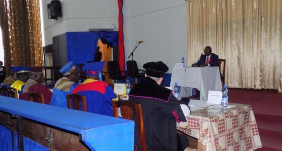 Soutenance publique d'une thèse d'agrégation en Médecine, par le C.T. Dr Joseph BODI MABIALA de la Faculté de Médecine, Département de Pédiatrie.