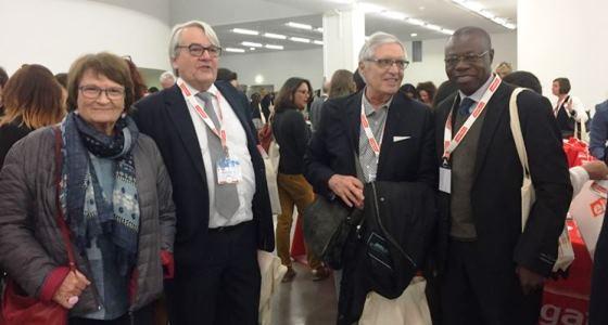Le Professeur Florent Songo en congrès de la société française d'odontostomatologie à Marseille