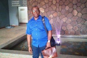 Prix d'excellence décerné au Professeur Situakibanza Hypolite