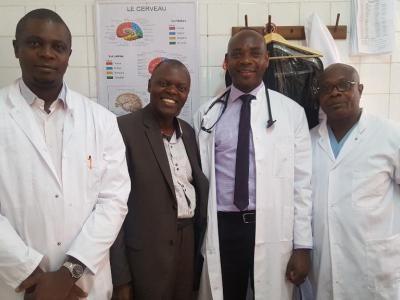 Partenariat services de réanimation Clinique Ngaliema et Ch de Sens en France