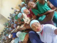 Le Professeur A. Kibadi et les étudiants de D3 BM