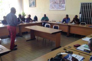 Le Professeur Eric Kamangu a assuré la formation à l'usage de l'outil pical