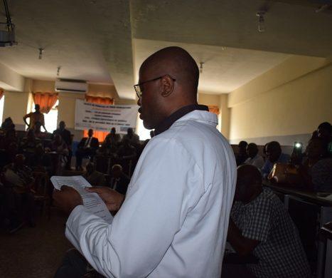 Discours du Vice-Doyen et Médecin-Directeur des Cliniques Universitaires de Kinshasa à l'occasion de la cérémonie des échanges des vœux et de la remise des prix à 4 agents ce vendredi 25 janvier 2019