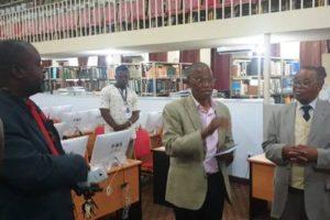 Felicien Ilunga en visite à la faculté